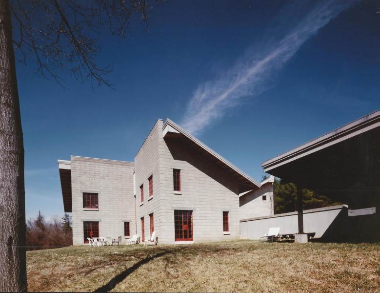 Dan Bucsescu Architect